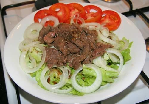 salad-7571-1385191212.jpg