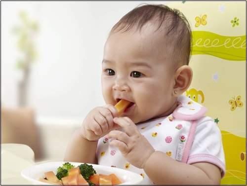 Image result for Vấn đề ở bé sơ sinh: Bé nhà tôi bị sụt cân thay bởi vì tăng cân. Có sao không?