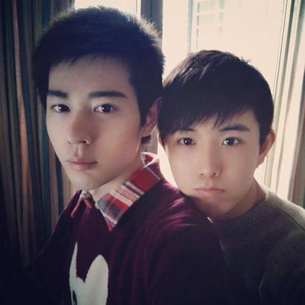 """Những cặp đôi đồng tính nam đẹp long lanh, """"hot"""" nhất châu Á 11"""