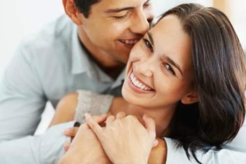 shutterstock-happy-couple-6600-140272027