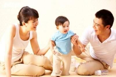 Cai sữa, cai sữa cho trẻ, cách cai sữa cho bé, kinh nghiệm nuôi con, sữa bình, thời gian, kiên nhẫn, ăn dặm