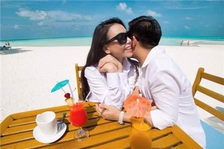 người mẫu, trà ngọc hằng,bạn trai, người yêu, công khai tình cảm, khoảnh khắc,chia sẻ hình ảnh, trang cá nhân, mạng xã hội