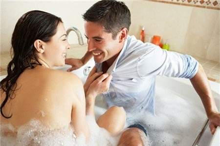 Sex, quan hệ tình dục, mùa hè, nguyên tắc, nên tránh, bí quyết yêu, sex khi tắm, quan hệ trong nước, tắm, mồ hôi