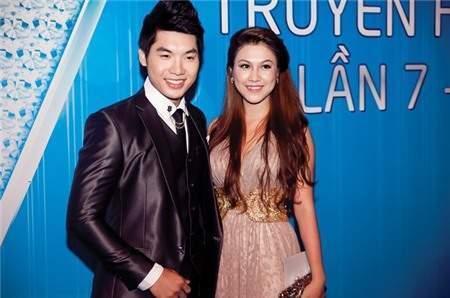 Chuyệntình của người mẫu Trương Nam Thành với nữ trợ lý Hoàng Yến đồng thời là chị gái của Á hậu Hoàng My được công khai vào đầu năm 2013. Mặc dù hơn Nam Thành hơn 5 tuổi nhưng Hoàng My trẻ trung hơn nhiều so với tuổi thật, cô thường xuyên xuất hiện trong những sự kiện cùng bạn trai.