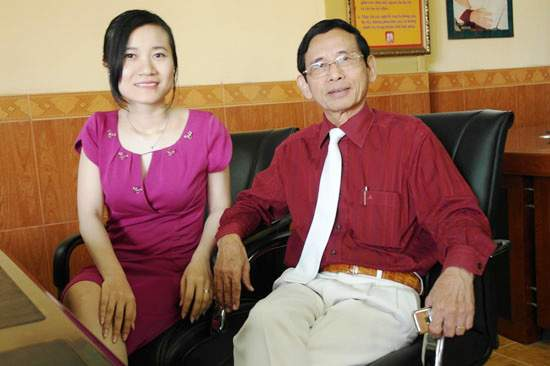 Vợ chồng Đại Gia Lê Ân