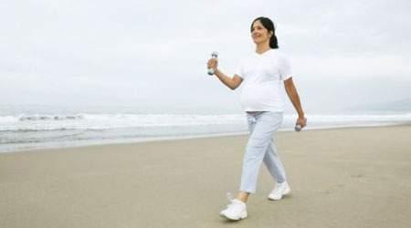 đau lưng và hông, mang thai, khó chịu khi mang thai, xuống máu chân, thai nhi, chuyển dạ, nội tiết, cột sống