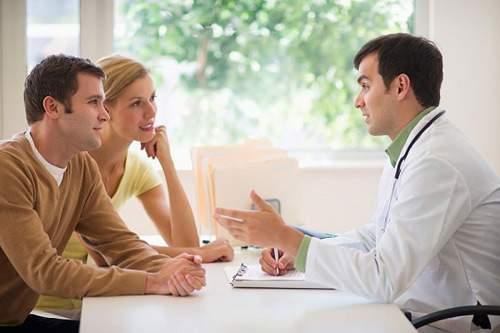 lưu ý, điều trị, giang mai, caung ấp thông tin, tránh quan hệ, không nên manh thai, khám định kì, tuân thủ phác đồ điều trị, kiên trì