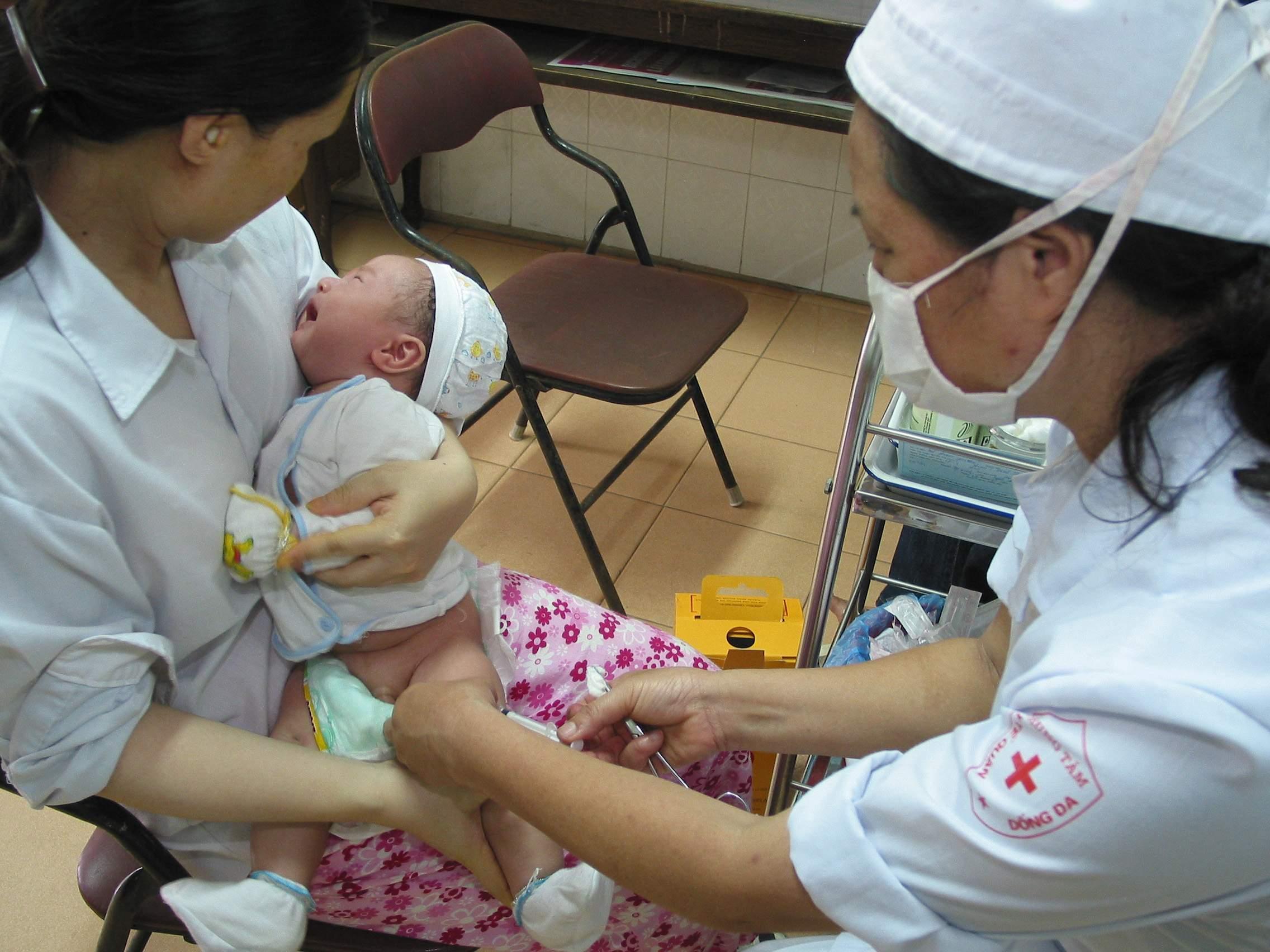 viêm gan b, bẩm sinh, xơ gan, ung thư gan, sữa mẹ, tỉ lệ lây nhiễm, xét nghiệm, huyết thanh,