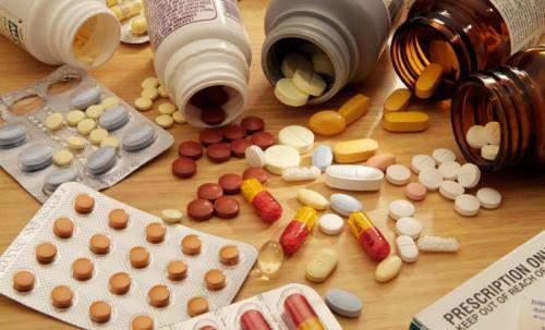tinh trùng, chất lượng tinh trùng, thuốc kháng sinh, lạm dụng kháng sinh, bán thải, erythromycin, aspirin, quinolon, spiramicin khả năng sinh tinh, rối loạn chức năng sinh sản