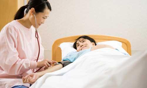 tiền sản giật, sản giật, cao huyết áp, nước tiểu có Albumin, phù, co giật, tử vong, chế độ ăn nhạt