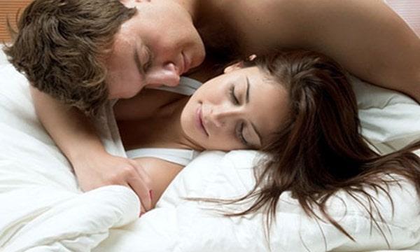 Không quan hệ, nhịn yêu, ngừng quan hệ, sức khỏe tình dục,
