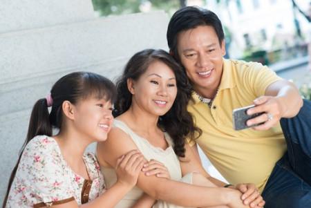 đàn ông trung niên, gia đình trẻ, tình yêu gia đình, chuyện tình yêu trung niên