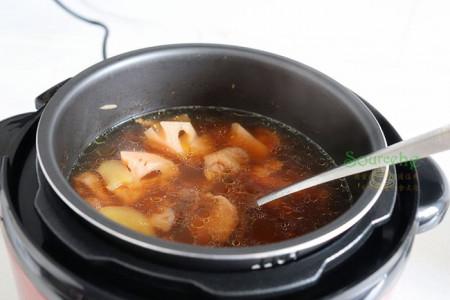 gà hầm củ sen, dinh dưỡng trong Đông Y, món ngon, dinh dưỡng