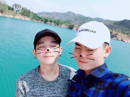 Cặp đồng tính nam đẹp trai nên duyên nhờ 'like dạo' trên Facebook