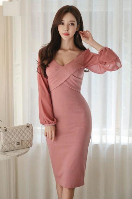 Ngại mặc hở mà muốn trông quyến rũ hơn, nàng cứ chọn những trang phục này là đủ ghi điểm