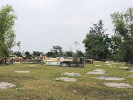 """Cả làng cùng chăm lo hơn 3.300 ngôi mộ """"người dưng"""""""