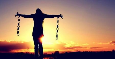 Nguyên nhân của việc càng yêu lâu càng dễ chia tay là gì?