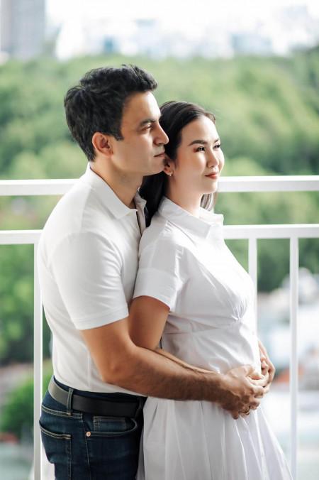 Võ Hạ Trâm tiết lộ tình hình gia đình chồng giữa tâm dịch ở Ấn Độ