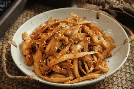 Cách chế biến nấm đùi gà ngon hơn cả thịt cá, ăn hoài không lo tăng cân