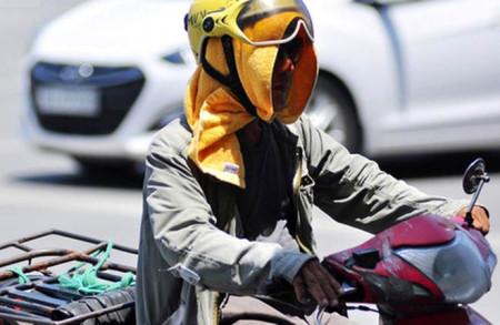 Nắng nóng gay gắt đến 40 độ, chuyên gia khuyến cáo cảnh giác với sốc nhiệt, đột quỵ