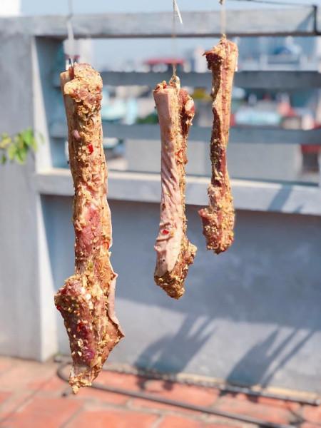 """Trời nóng 40℃ đừng quên làm món thịt ba chỉ một nắng ngon """"quên sầu"""""""