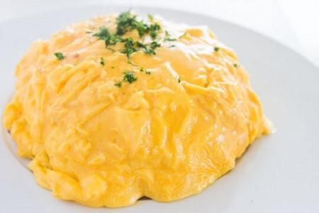 Lạ mắt với cách làm cơm chiên trứng kiểu Nhật