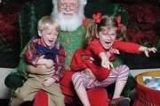 Ông già Noel không chỉ đem đến tiếng cười cho trẻ ...