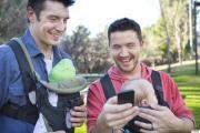 Kết nối với những ông bố khác trong việc nuôi dạy con.