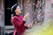Nguyễn Thị Loan hóa cô gái quan họ giản dị