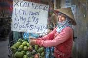 Hình ảnh cô gái bán trái cây được Stephen chụp khi ông ghé thăm TP HCM