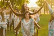 thiếu nữ, mái tóc dài, kỉ lục Guinness, cua so tinh yeu
