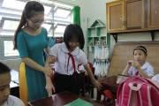 tôi yêu đà nẵng, học trò nghèo, người buôn bán nhỏ, diện hộ nghèo, cô giáo chủ nhiệm, cuộc sống khắc nghiệt, cua so tinh yeu