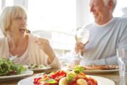 dinh dưỡng, chế độ ăn, mãn kinh, cua so tinh yeu