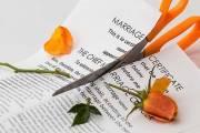 đã có hai con, yêu thương, chăm sóc cho nhau, mua trả góp nhà, bia ôm, ly hôn, tiền, hứa không ly hôn, thái độ thiếu tôn trọng, tâm sự hôn nhân, bất hợp tác