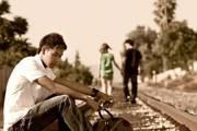 yêu, cửa sổ tình yêu, tổn thương, tình cảm, thú nhận, tòa án lương tâm, mệt mỏi, suy nghĩ, thời gian, bình tâm, cảm xúc, phân vân