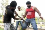 người đàn ông Ấn Độ, Ấn Độ, chỗ hiểm ,thử sức chịu đựng, của chỗ hiểm