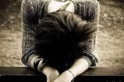 biến cố, bố chết, oán hận, đừng làm phiền, tự sát, hận bản thân, bất lực, bi kịch