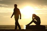 cửa sổ tình yêu, chia tay, tan vỡ, còn yêu, cần nhau, quay lại, nói chuyện, liên lạc, cố gắng, hy vọng.