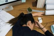 Áp lực thì mệt mỏi, nhàn quá thì trống rỗng,Thiếu niềm tin, áp lực công việc.