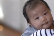 trẻ hơn 6 tháng, nước mắt, đốm đỏ trong mắt, tuyến nước mắt, thành dòng, sinh thường, sinh mổ, cuasotinhyeu