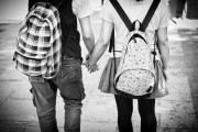 bằng tuổi, nghiêm túc, ngăn cấm, yêu nhau, tương lai, bố mẹ không tốt,