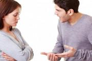 cãi vã, xúc phạm, không hợp, muốn chia tay, cố gắng níu kéo