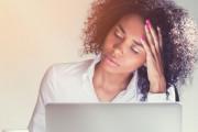 bạn trai, lưu ảnh nóng, trong email, cảm thấy thất vọng, mất niềm tin
