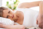 Tại sao cơn đau bụng khi hành kinh lại tăng lên theo thời gian ?