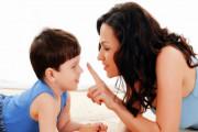 con trai, sắp dậy thì, sờ ti mẹ, ngủ chung với mẹ, ảnh hưởng tâm lý