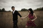 yêu thầm, không có cảm xúc, muốn chờ đợi, có nên chờ đợi, một người không yêu