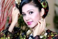 Việt Trinh, nổi tiếng, khán giả tặng vàng, tự cao, thay đổi