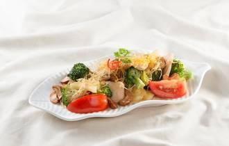 gà, ga xao, bông cải,hạt điều, cua so tinh yeu