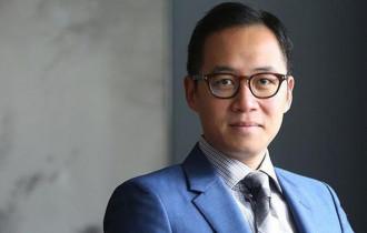 Paulo Pong Kin-yee đã thành lập Altaya Group vào năm 2001, chuyên nhập khẩu rượu vang cao cấp, cua so tinh yeu