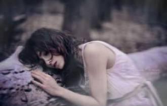 yêu người có vợ, ngoại tình, mệt mỏi, chán nản, hối tiếc tuổi xuân, người thứ ba, mẹ đơn thân, không có danh phận